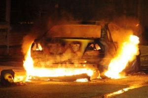 В Запорожской области сгорели два легковых автомобиля