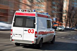В Запорожье пьяный мужчина ударил ножом свою сожительницу - ФОТО