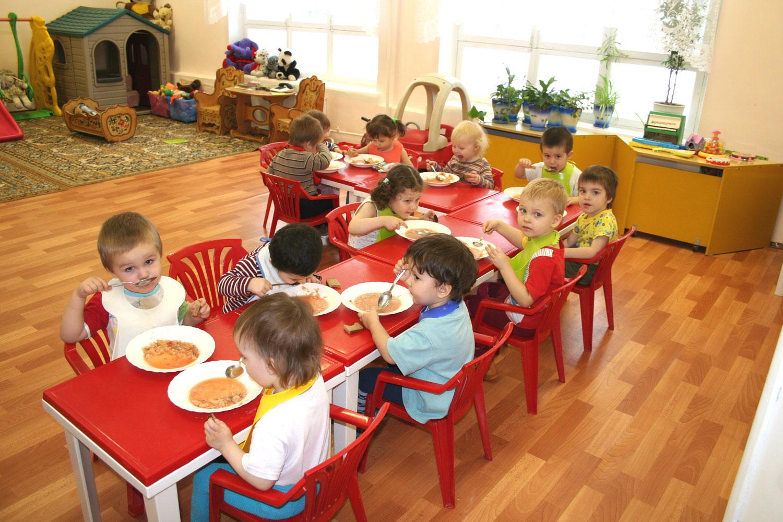 В Запорожье увеличат финансирование на питание детей в детсадах и школах