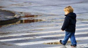 Во время гуляний на ярмарке пьяный отец оставил своего шестилетнего ребенка
