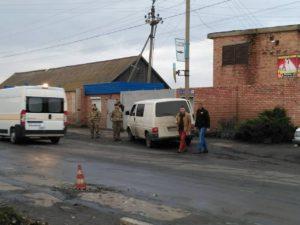 В Запорожской области женщина попала под колеса микроавтобуса с военными - ФОТО