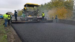 В Запорожской области турецкая компания кладет дорогу на трассе Борисполь-Запорожье стоимостью в 470 миллионов гривен - ФОТО
