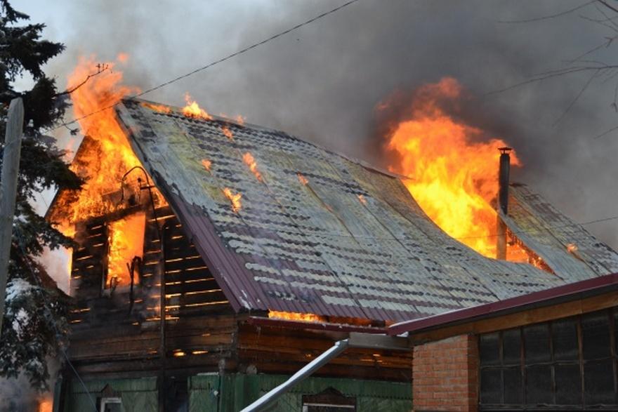 В частном секторе одного из районов Запорожья произошел пожар