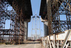 Подрядчик вернет 172 миллиона гривен за недостроенные запорожские мосты