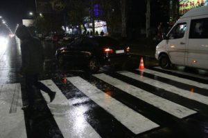 В Запорожской области легковушка сбила на пешеходном переходе трех девушек - ФОТО, ВИДЕО