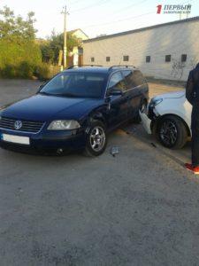 В Запорожье сын судьи на новом авто врезался в машину бойца АТО: в полиции в административном нарушении подозревают военнослужащего