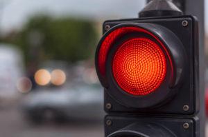 В Запорожской области грузовик насмерть сбил женщину, переходившую дорогу на красный свет - ФОТО