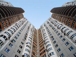 Представители управляющих компаний заявили, что не будут заключать договора с жильцами