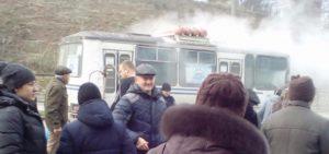 В Запорожской области во время движения загорелся автобус с пассажирами - ФОТО