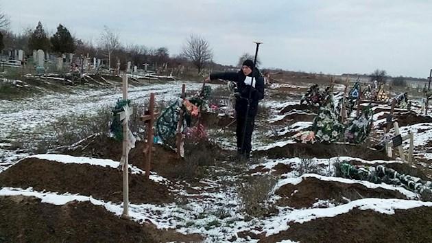 В Запорожье бойцам АТО выделили обещанную землю на кладбище – ФОТО, ВИДЕО