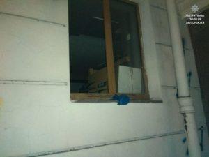 В Запорожье мужчина, который находился под домашним арестом, пытался украсть из магазина велосипед - ФОТО