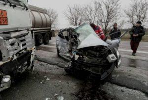 На запорожской трассе произошло жуткое ДТП: погибли два человека - ФОТО