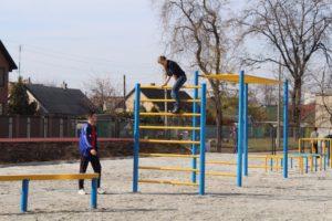 В запорожской школе открыли самый большой многофункциональный стадион - ФОТО