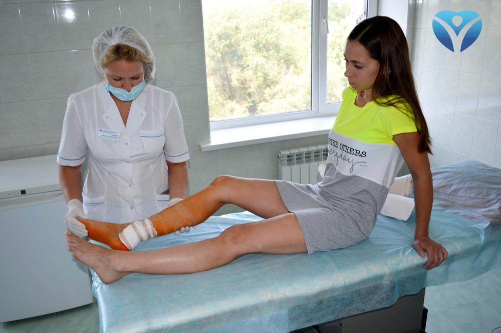 foto-5_vrachi-kliniki-ortopedii-i-sportivnoy-travmyi-vernuli-radost-dvizheniya-molodoy-mame-iz-melitopolya