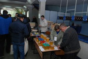 В Запорожской области собрались пчеловоды со всей страны - ФОТО