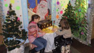 Запорожцев приглашают в лабораторию Деда Мороза