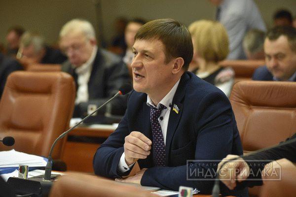 Адвокат Пустоварова заявляет, что не проводились фиктивные тендеры по школьным стадионам