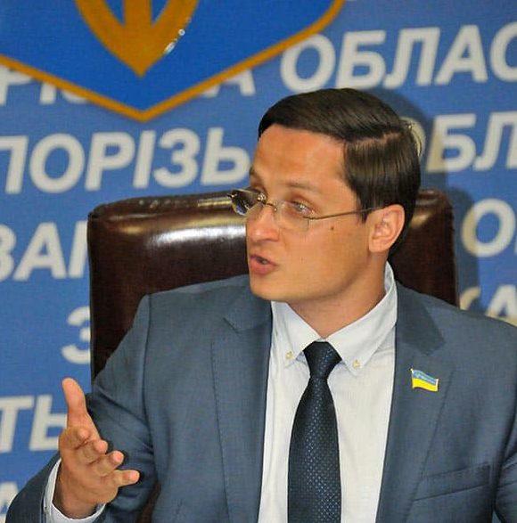 Зама руководителя запорожского облсовета Владислава Марченко суд отпустил под домашний арест,