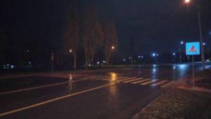 В Запорожье автомобиль сбил девушку на пешеходном переходе и скрылся с места ДТП - ФОТО