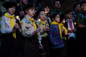 Запорожцы приняли участие в международной акции передачи Вифлеемского огня мира - ФОТО