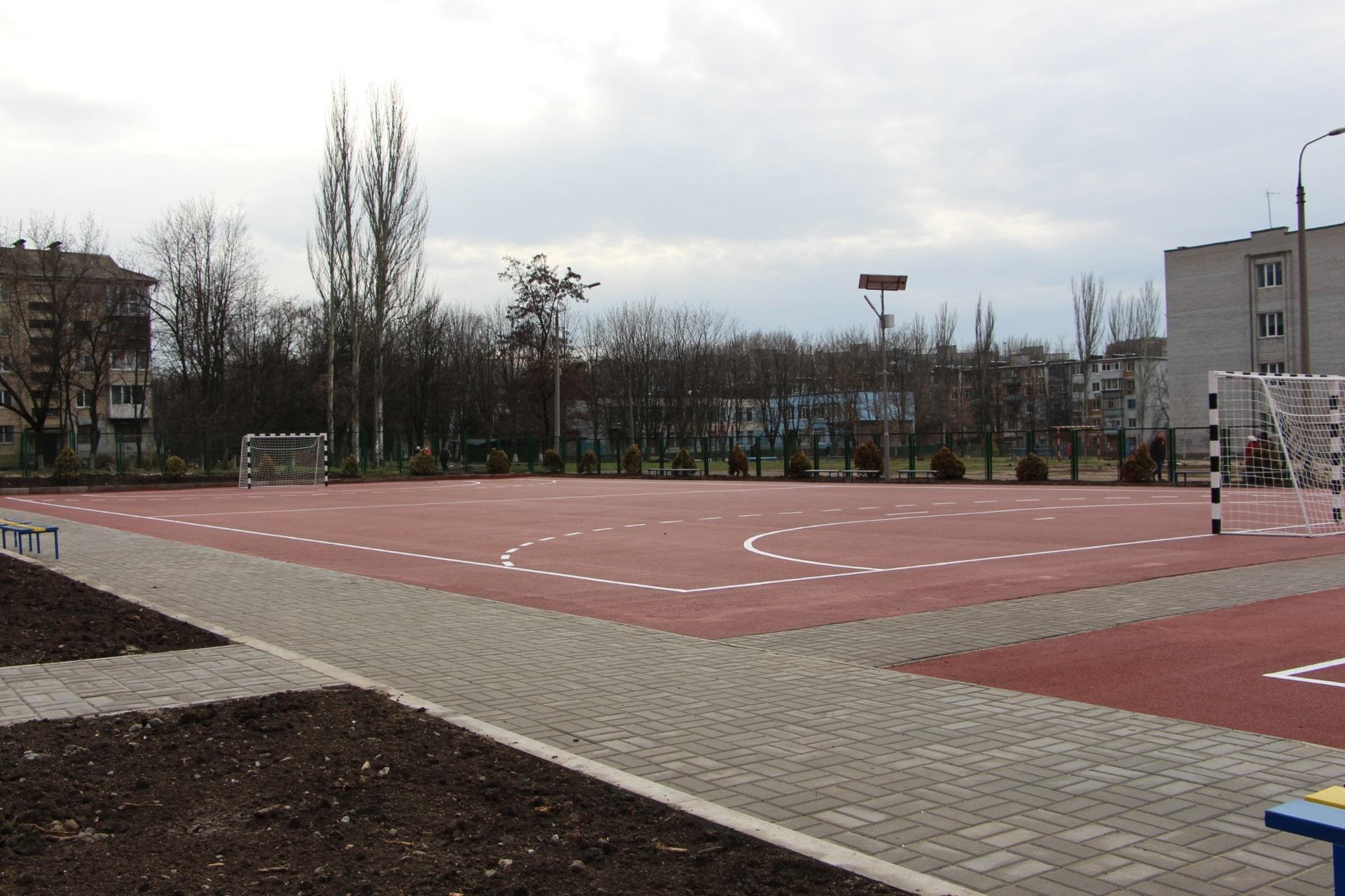 Пять из семи: в Запорожье открыли новый многофункциональный стадион - ФОТО