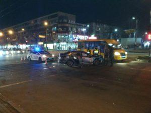 Автоледи спровоцировала ДТП в центре Запорожья: есть пострадавшие - ФОТО