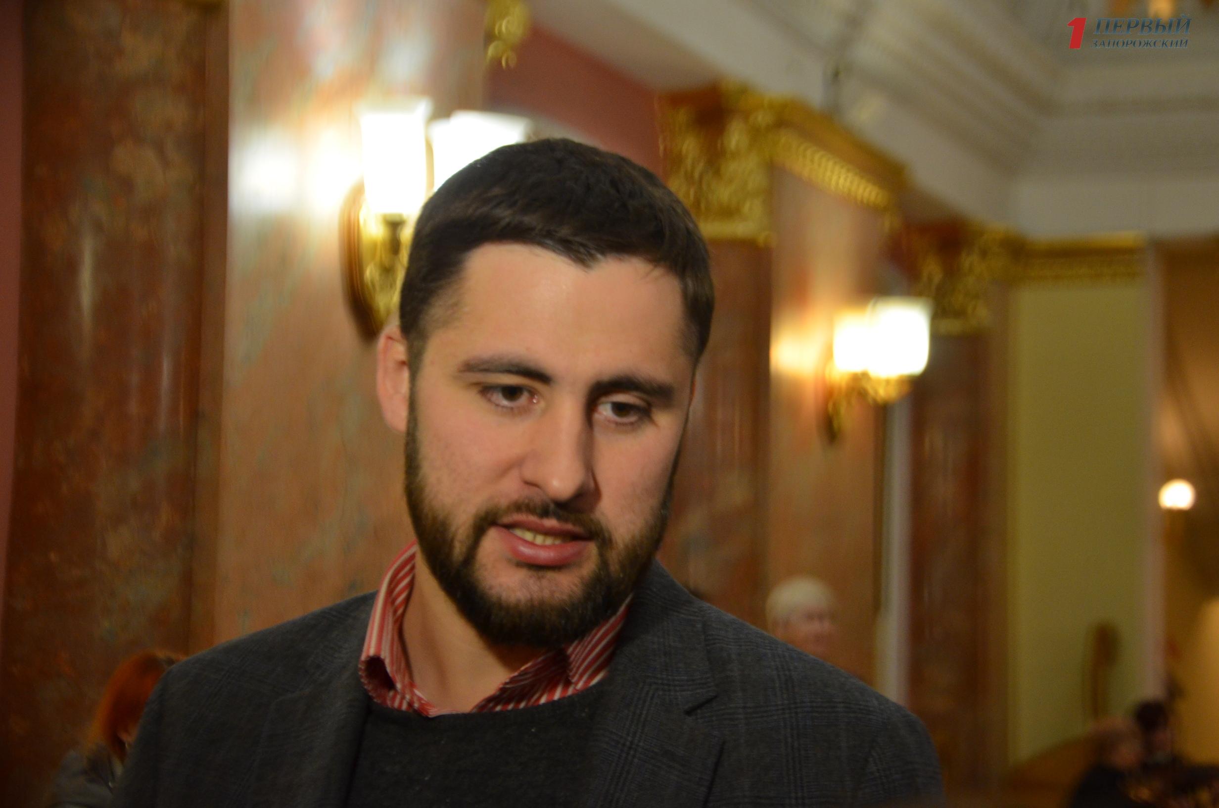 Заммэра Запорожья Анатолия Пустоварова госпитализировали в больницу с травмой - ВИДЕО