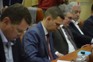 Запорожские депутаты увеличили свой фонд почти до миллиона гривен