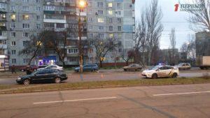 В одном из районов Запорожья водитель иномарки на скорости сбил пешехода: женщина в больнице – ФОТО