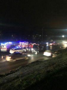 В Запорожье водитель устроил тройное ДТП, пока выезжал из автосалона на новом авто - ФОТО