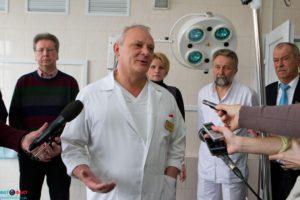 Мэр Запорожья восстановил в должности главврача Сергея Завгороднего, выполнив решение суда