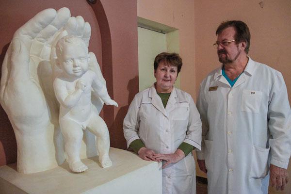 В Запорожье главврач «по блату» предоставил в аренду помещение для своей дочери за 100 гривен в месяц