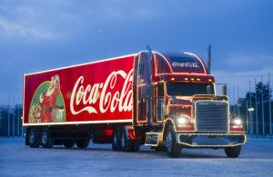 «Свято наближається»: в Запорожье приехал праздничный фургон Coca-Cola – ФОТО, ВИДЕО