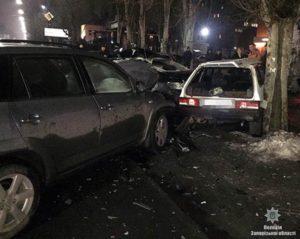В Запорожской области произошло масштабное ДТП: один из пострадавших находится в реанимации - ФОТО