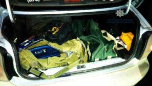 В Запорожье трое парней обокрали магазин автозапчастей - ФОТО