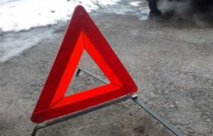 В Запорожье на остановке иномарка сбила пешехода - ФОТО
