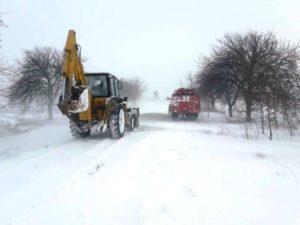 В области спасатели освободили из снежного плена почти 150 человек