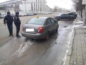 В Запорожье ловили таксистов-нелегалов - ФОТО