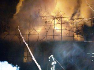 В Запорожской области горел жилой дом - ФОТО