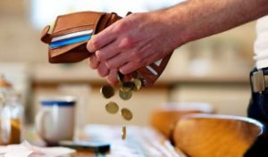 В Запорожской области со злостных неплательщиков алиментов принудительно взыскивают задолженности