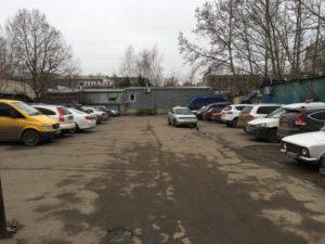 В Запорожской области незаконно выделили под автостоянку участок земли стоимостью более миллиона гривен