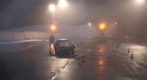 В Запорожье пьяная автоледи спровоцировала ДТП - ФОТО