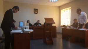 В Запорожье продолжается судебное заседание по подозрению в растрате директором ЗТМК полмиллиарда гривен: все материалы дела собрали в 25 томов - ФОТО