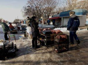 В Запорожье штрафуют за стихийную торговлю мясом - ФОТО