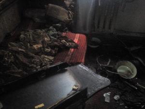 В Запорожье горел жилой дом: есть погибший - ФОТО