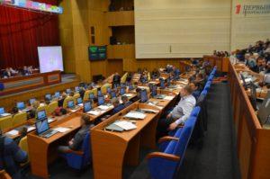 Запорожские депутаты попросят Кабмин оставить 65% средств эконалога на территориях