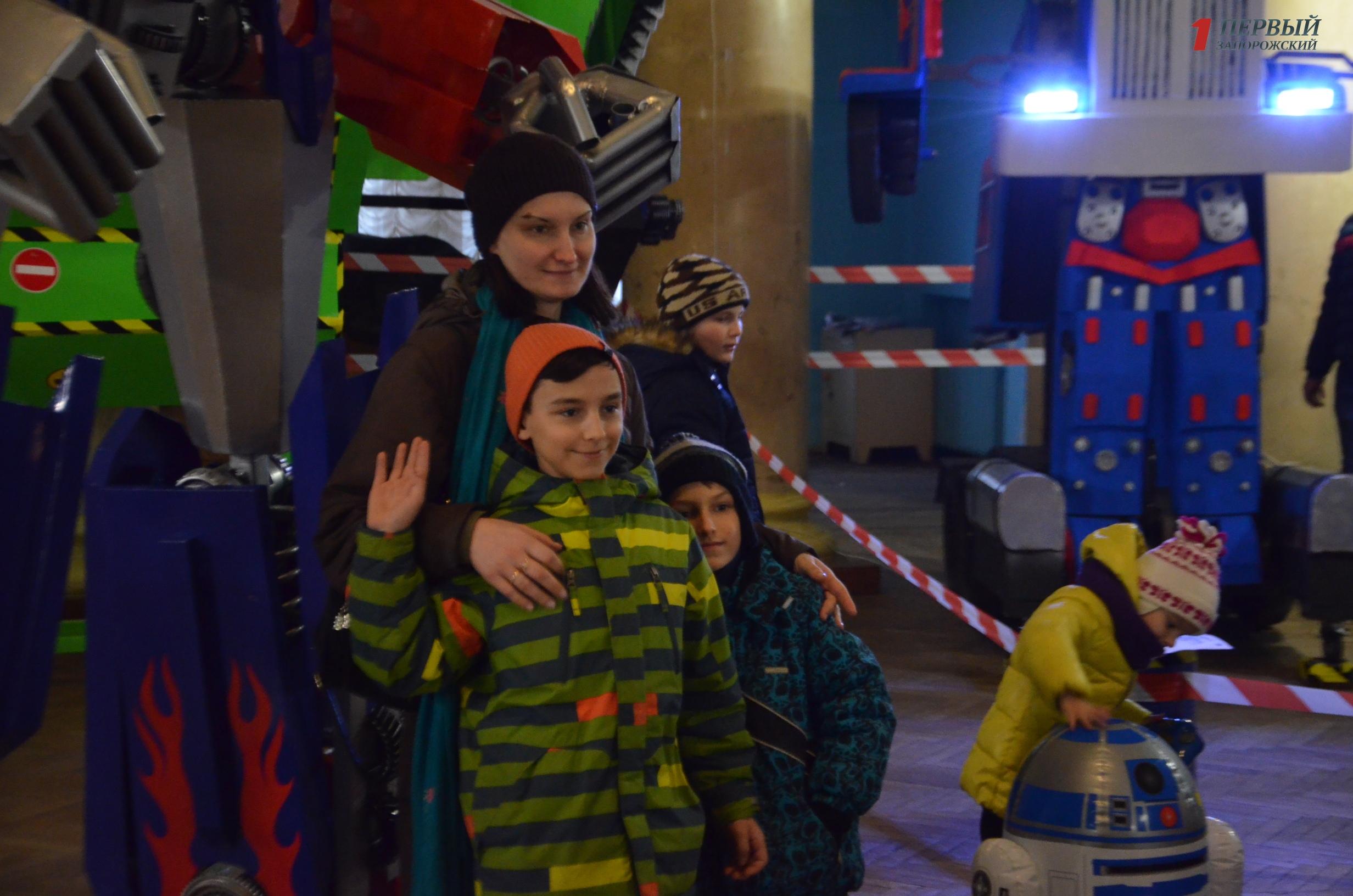 В Запорожье открылась удивительная выставка трансформеров и роботов - ФОТО, ВИДЕО
