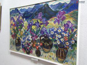 В Запорожье ко Дню Влюбленных открылась выставка необыкновенных цветов - ФОТО
