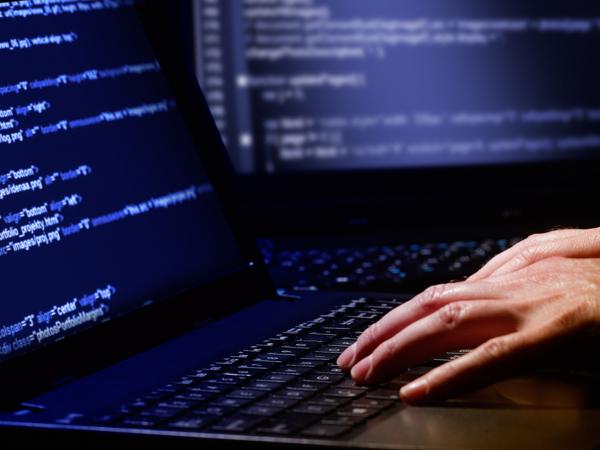 В Запорожье хакеры пытались взломать систему и снять деньги с банковских счетов - ФОТО