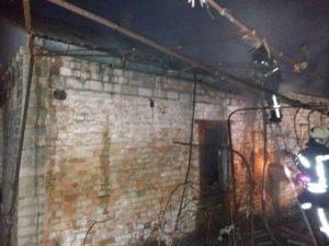 В Запорожье пожар в доме унес жизнь мужчины - ФОТО